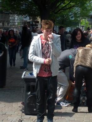 Market Street Singer